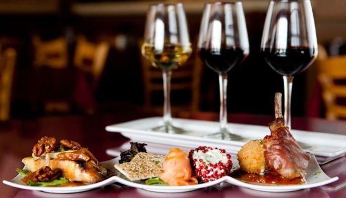 Cena maridaje con cata de vinos en Zaragoza